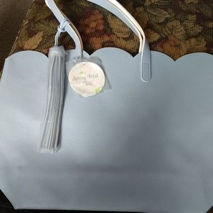 SALLY BEAUTY LIGHT BLUE SPRING PETAL TOTE NWT